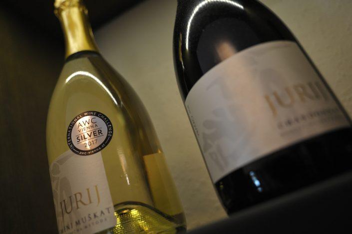 vracko - vino - wein - wine - steklenica - flasche - bottle - 4